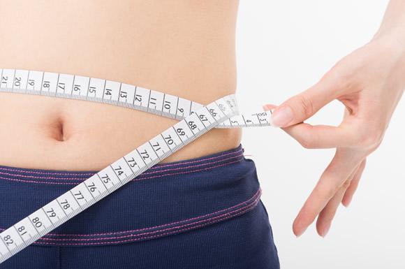 糖質制限ダイエットの効果を実感している女性